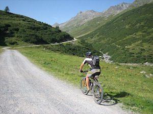 Biking-uphill